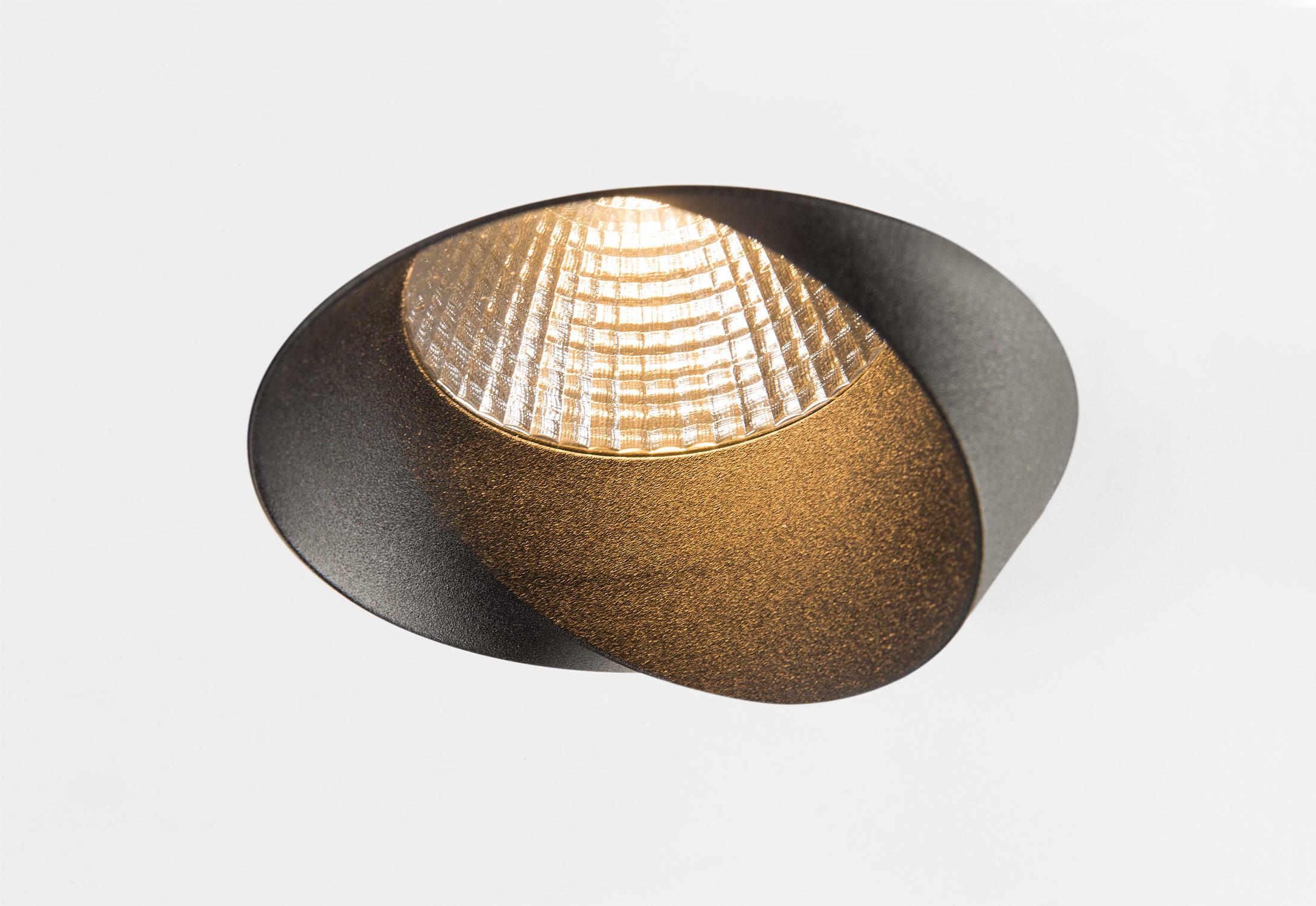 wink by modular lighting instruments stylepark. Black Bedroom Furniture Sets. Home Design Ideas