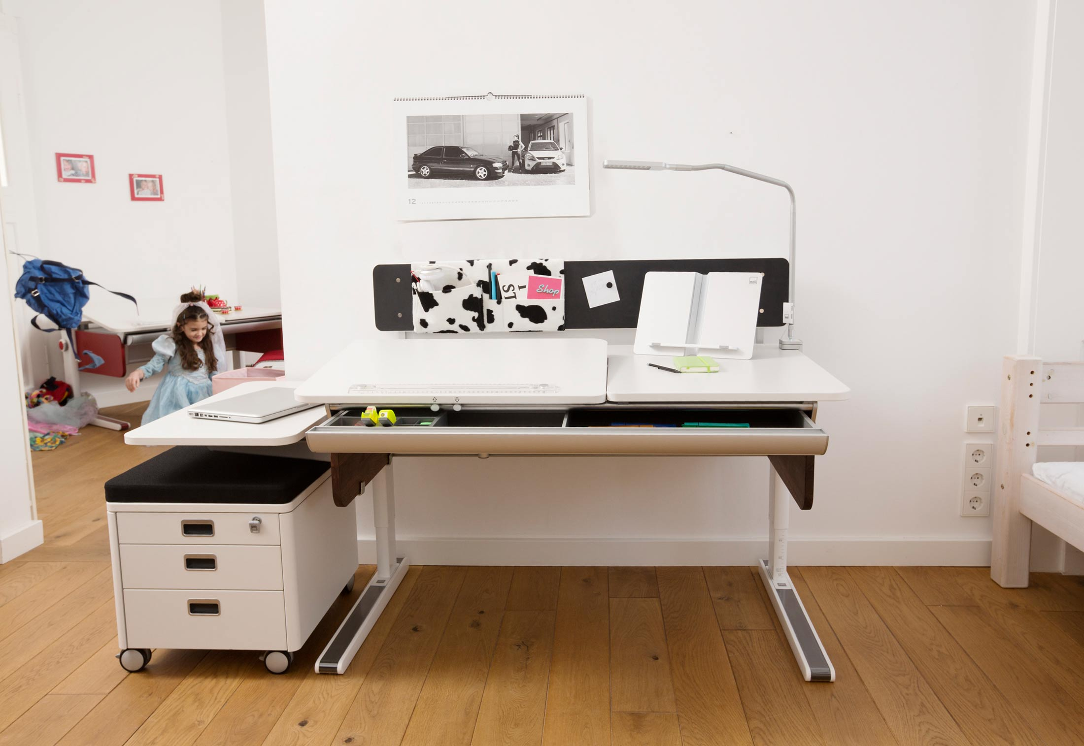 champion panel von moll stylepark. Black Bedroom Furniture Sets. Home Design Ideas