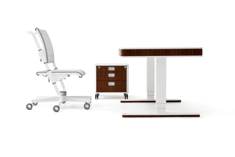T7 desk