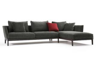 Chelsea sofa  by  Molteni&C