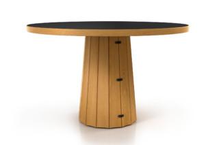 Container Tisch 140 rund Holz  von  Moooi