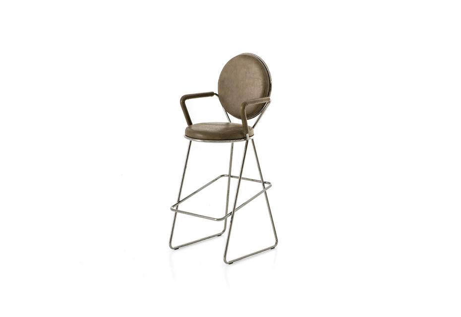Double Zero barstool with armrests