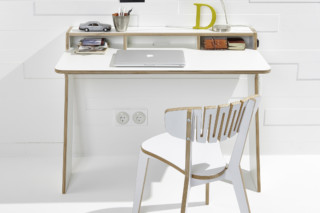 Slope desk  by  Müller small living
