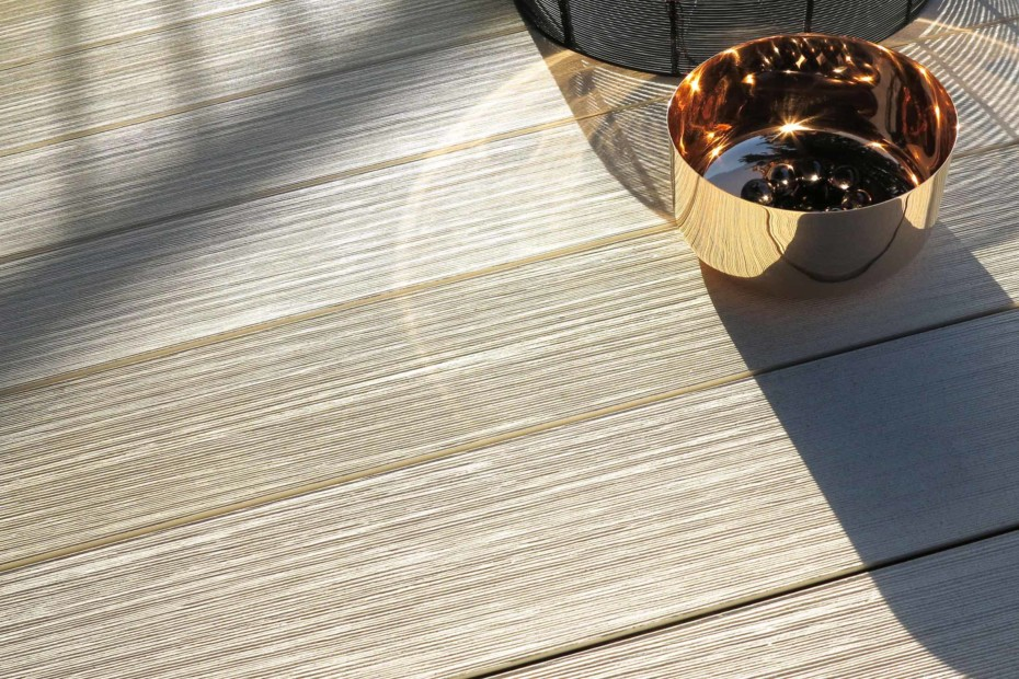 PLEXIGLAS® Wood - MYDECK® Colour Edition