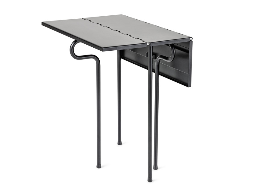 Puck table