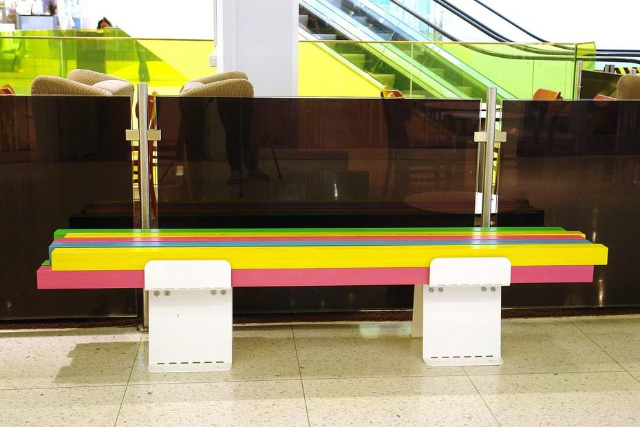 Pylon bench