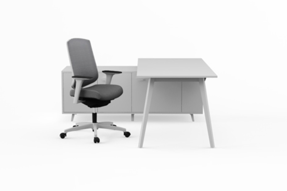 Pila single desk