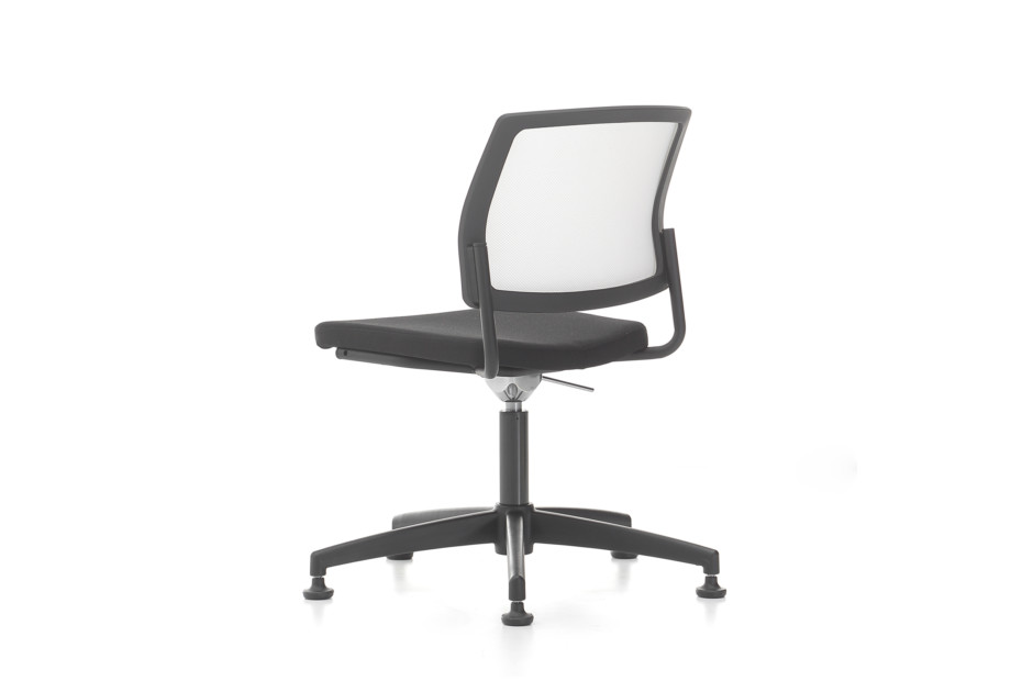 Trea fixed without armrest