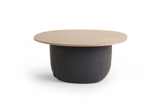 Soufflé table  by  OFFECCT