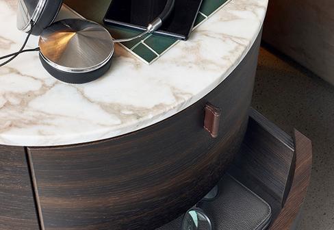 Onda Bed Table By Poliform Stylepark