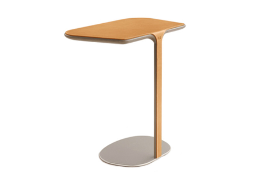 Assaya side table