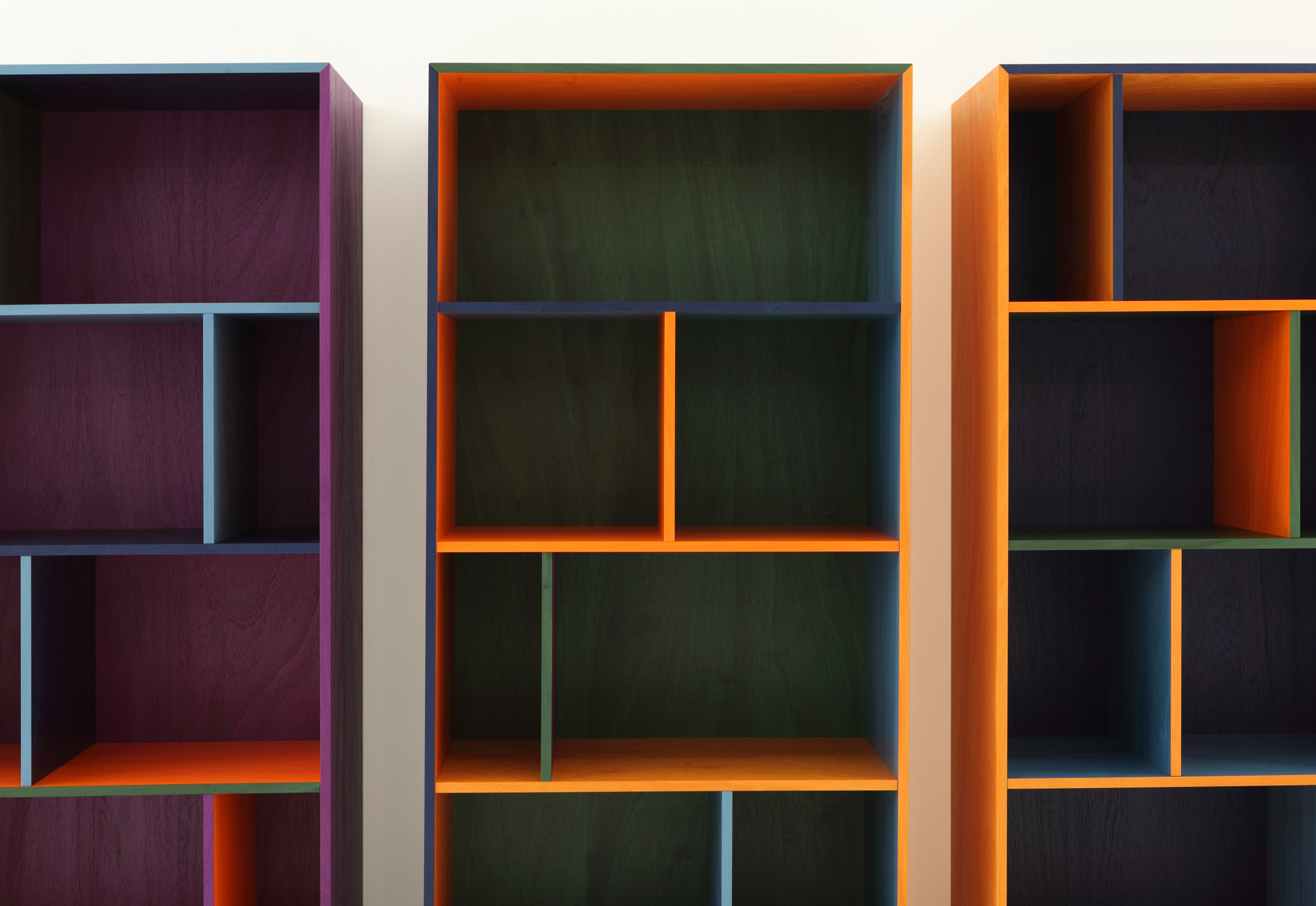 modern rgb shelf by porro stylepark. Black Bedroom Furniture Sets. Home Design Ideas