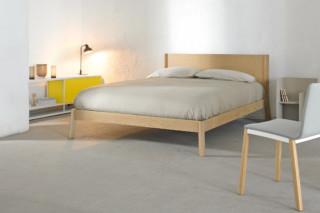Breda Bett  von  Punt
