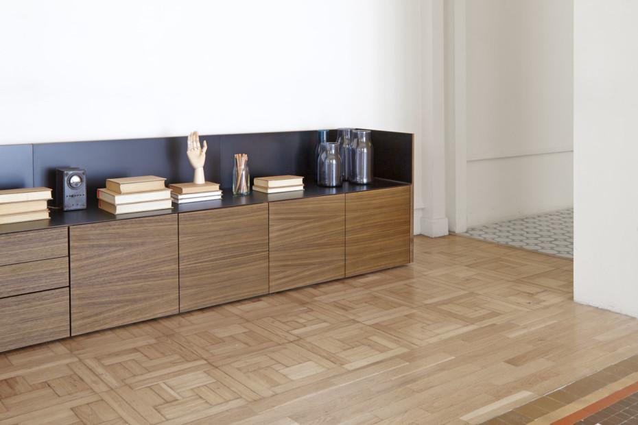 stockholm langes sideboard von punt stylepark. Black Bedroom Furniture Sets. Home Design Ideas