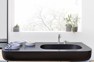 Esperanto console top  by  Rexa Design