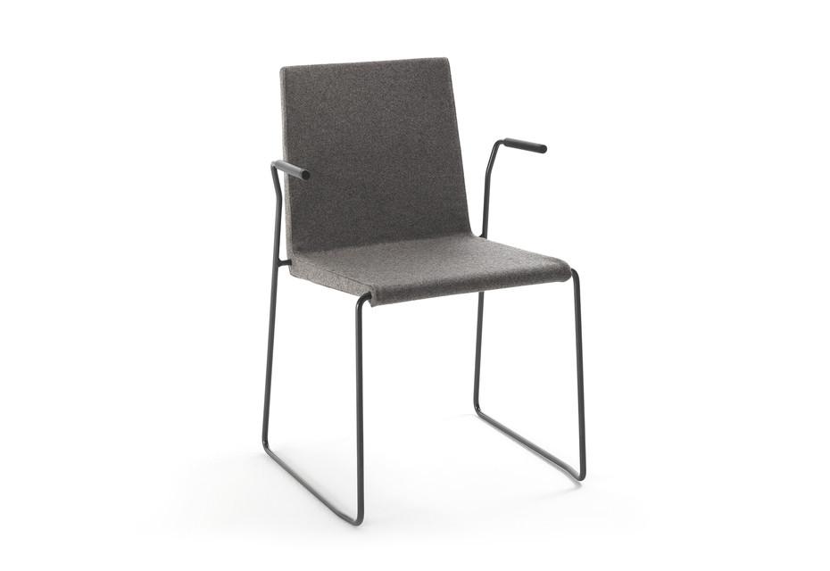 Sheer with armrests