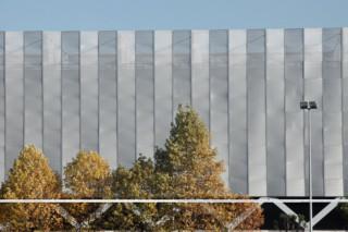 Streckmetall als Sonnenschutz, Bilbao Exhibition Centre - BEC  von  RMIG