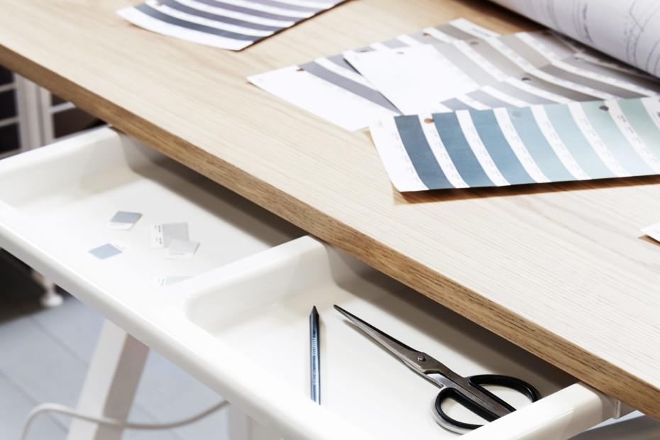 string® works desk