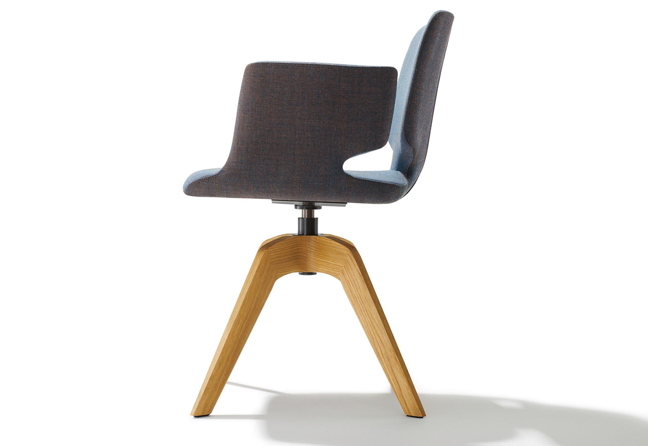 aye drehstuhl mit armlehnen von team 7 stylepark. Black Bedroom Furniture Sets. Home Design Ideas