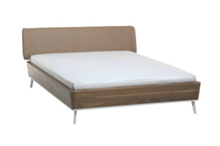 SOFT bed  by  team'by'wellis '