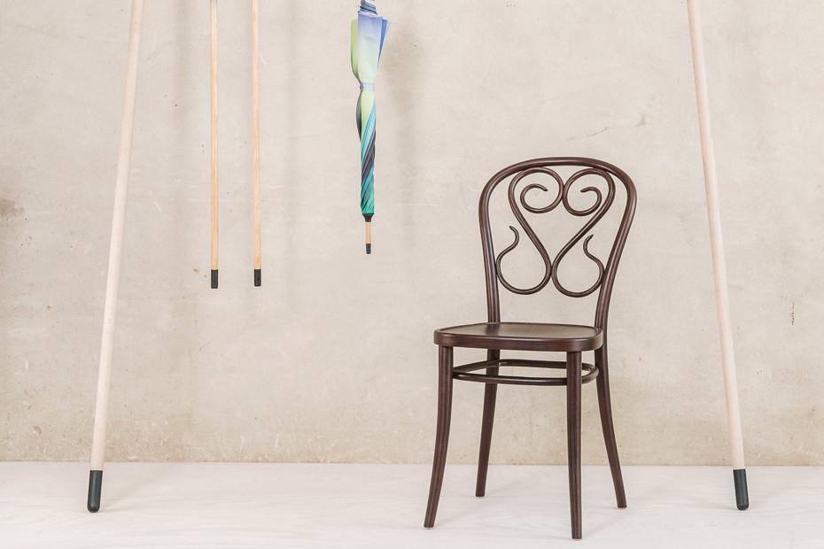 04 chair