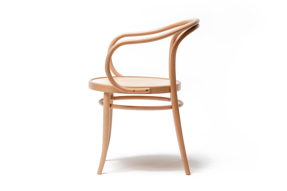 30 armchair