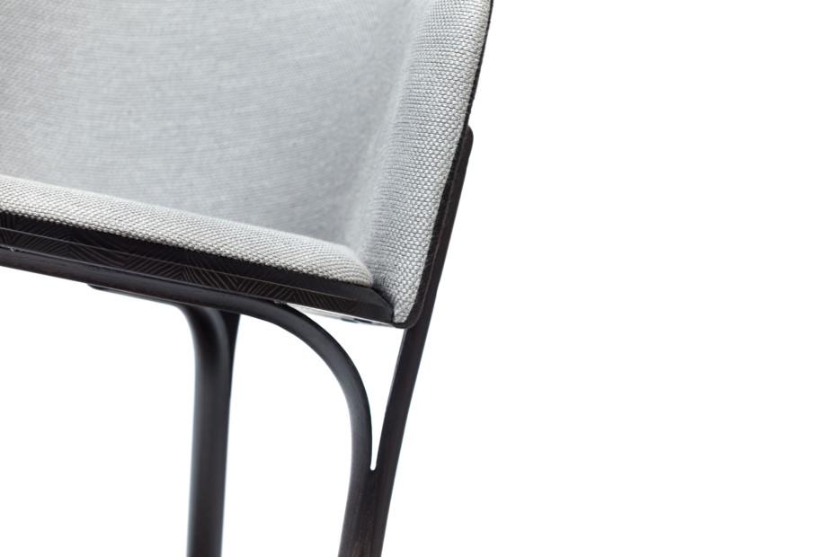 Split armchair