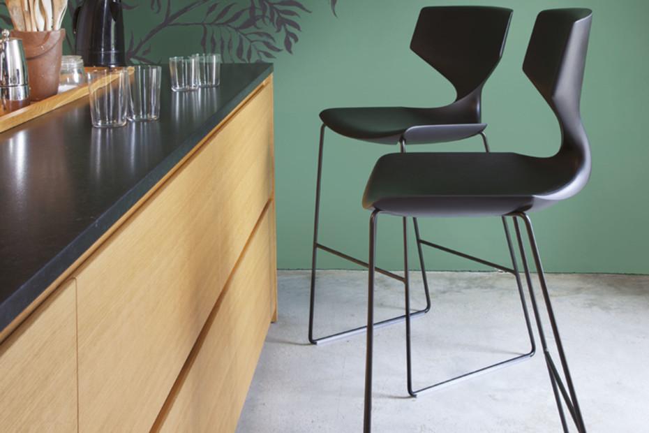 Quo bar stool