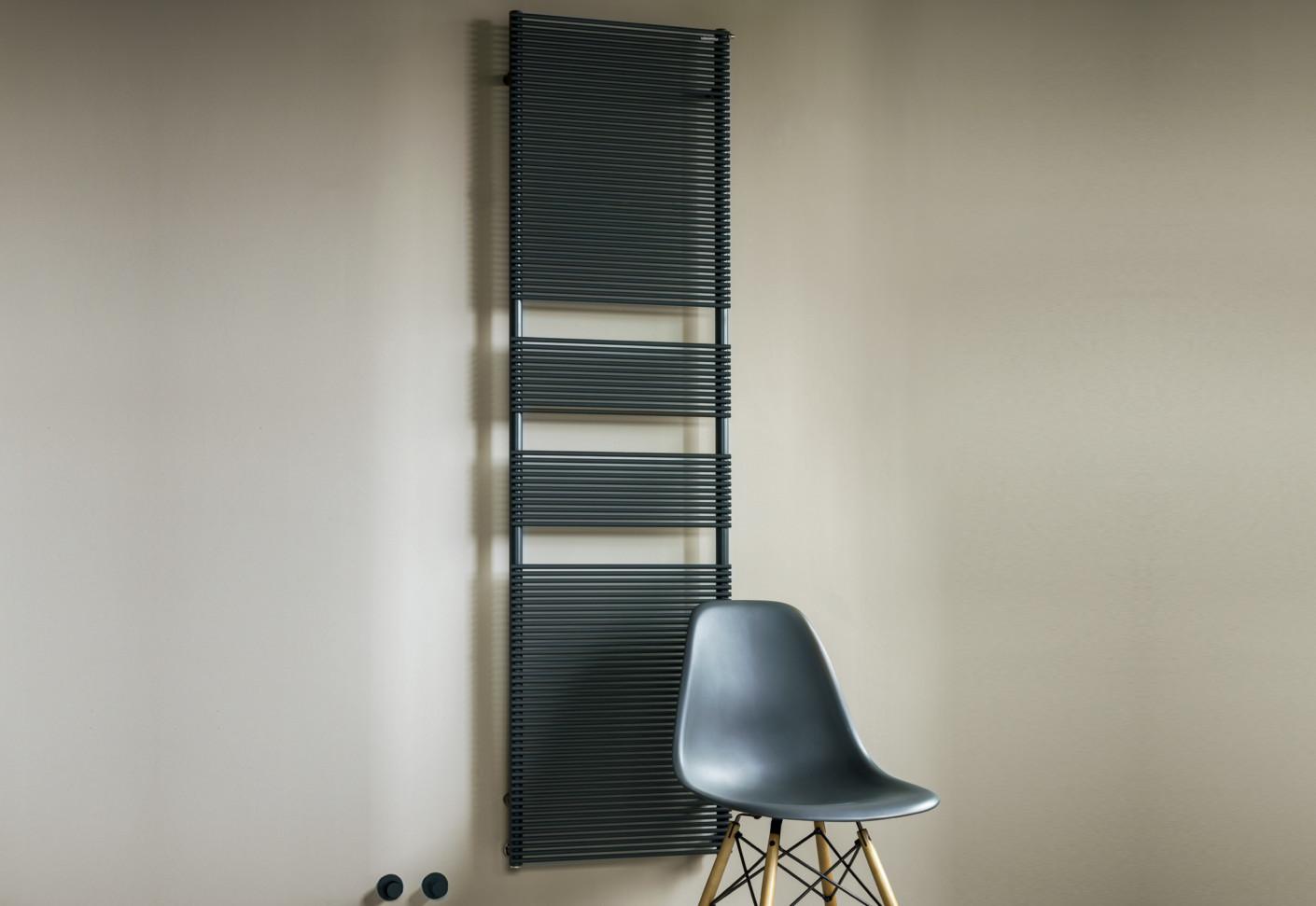 color x von tubes stylepark. Black Bedroom Furniture Sets. Home Design Ideas