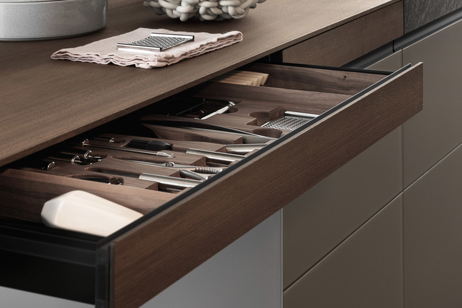 Genius Loci in matt glass and Cardoso stone drawer