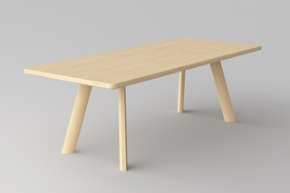 Largus table  by  vitamin design