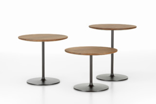 Occasional low tables  by  Vitra