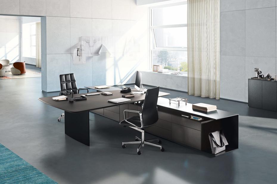 Keypiece Communication Desk