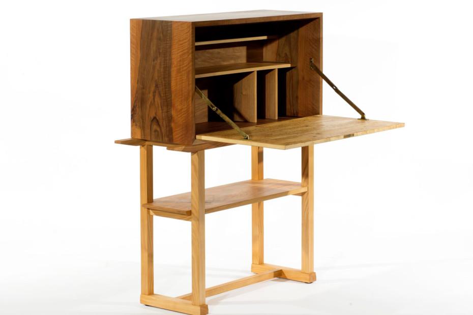 Hugo Gorge Cabinet