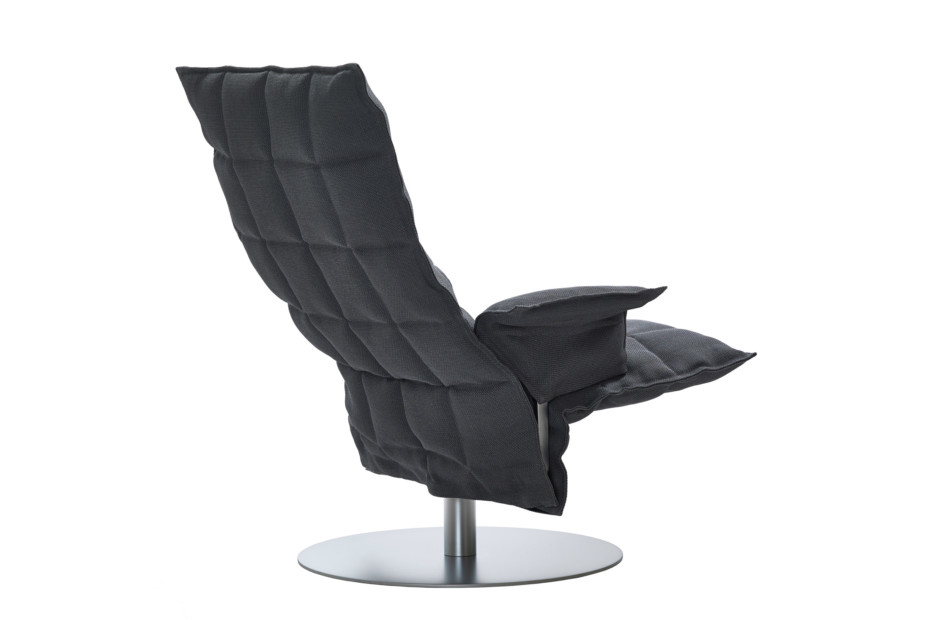 SWIVEL K CHAIR mit Armlehnen