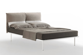 1710-1710/R COVERBED  by  Zanotta