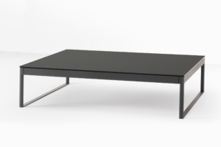 Icaro 015 small table   by  Desalto