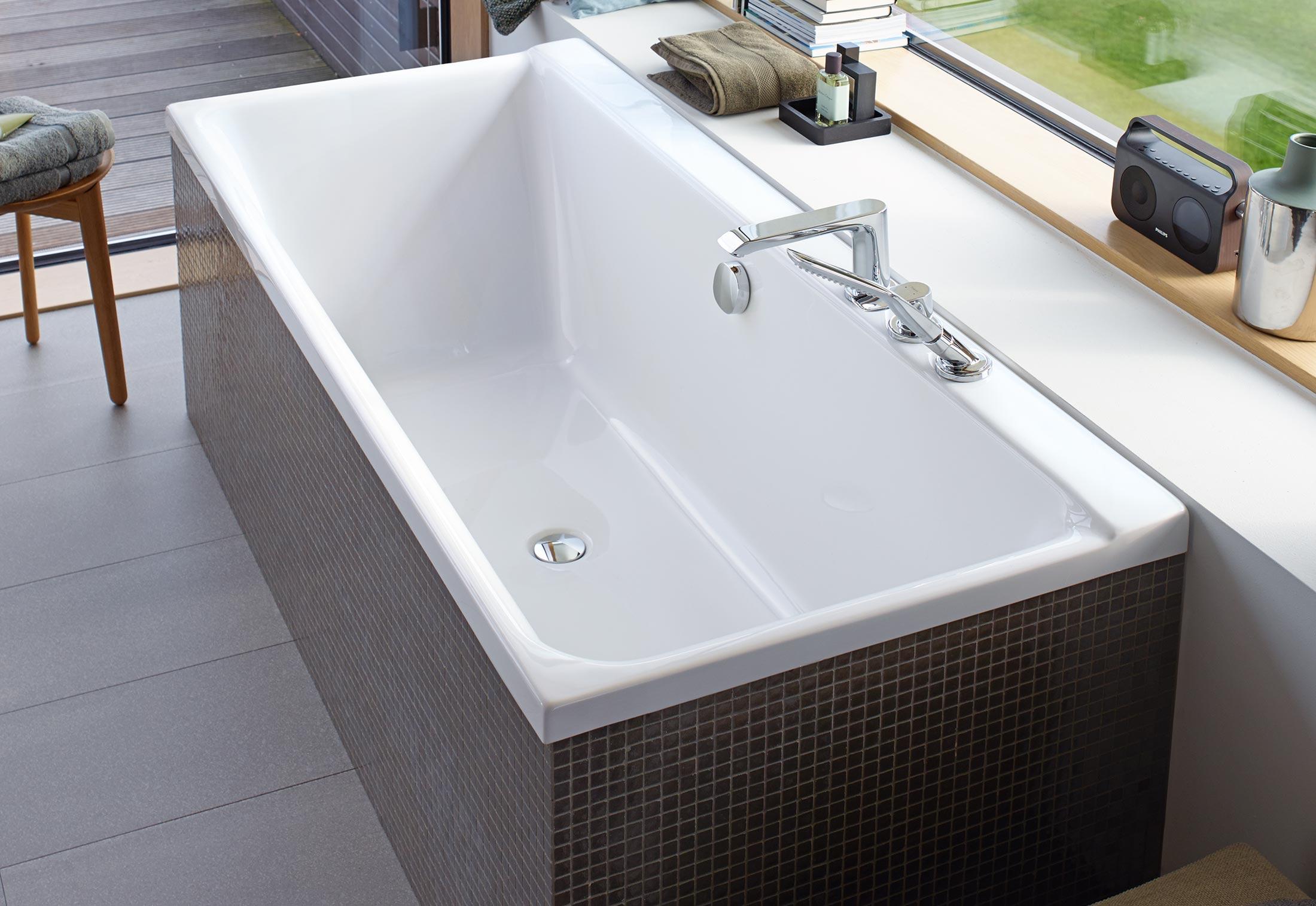 p3 comforts badewanne von duravit stylepark. Black Bedroom Furniture Sets. Home Design Ideas