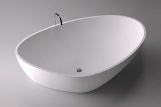 Drop bathtub  by  agape
