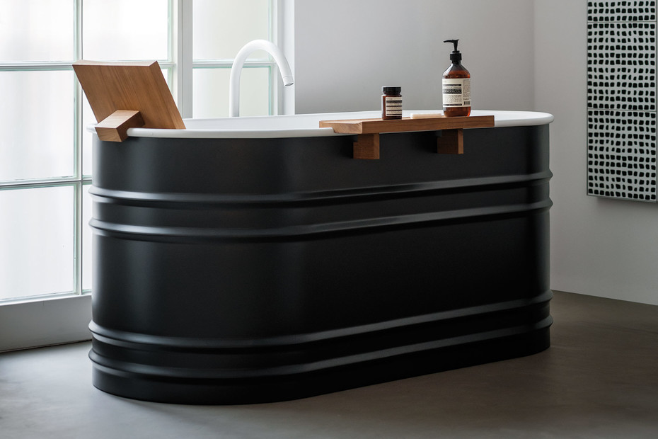 Vieques XS bathtub