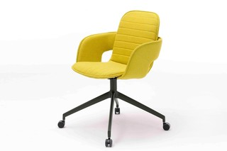 Flux chair with roll  by  Arco