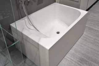 Exelen bathtub semi built-in  by  Antonio Lupi