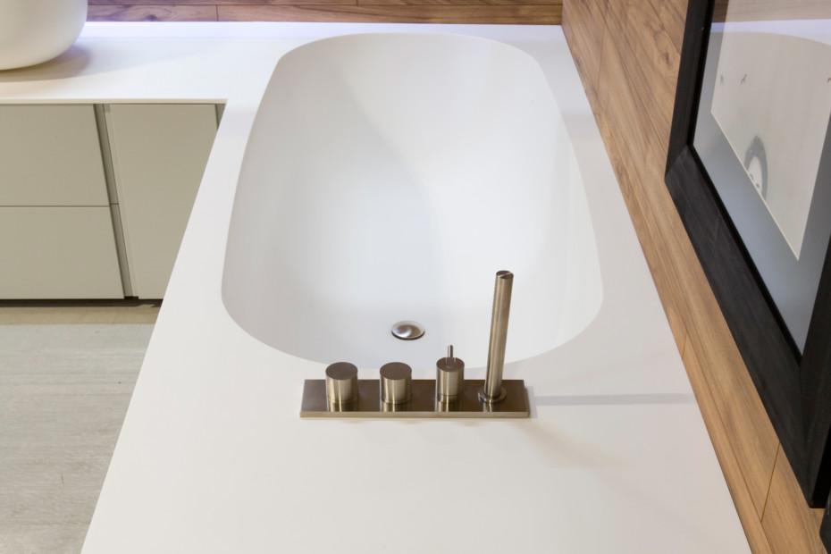 Exelen bathtub-washbasin combination