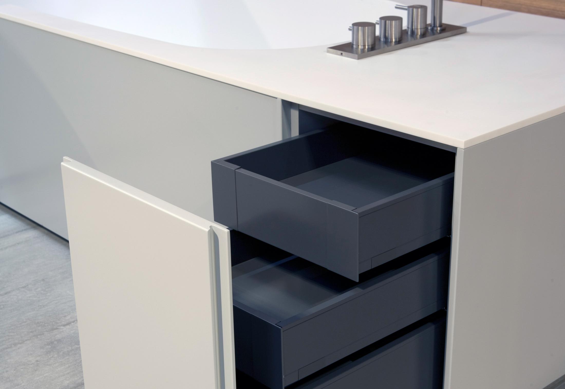 exelen bathtub washbasin combination by antonio lupi. Black Bedroom Furniture Sets. Home Design Ideas