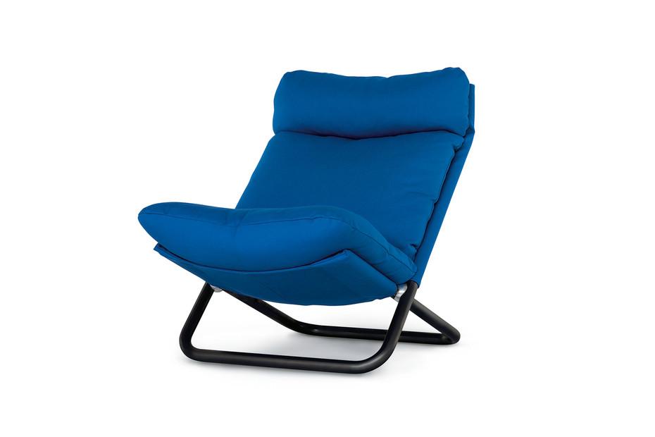 Cross armchair with high backrest