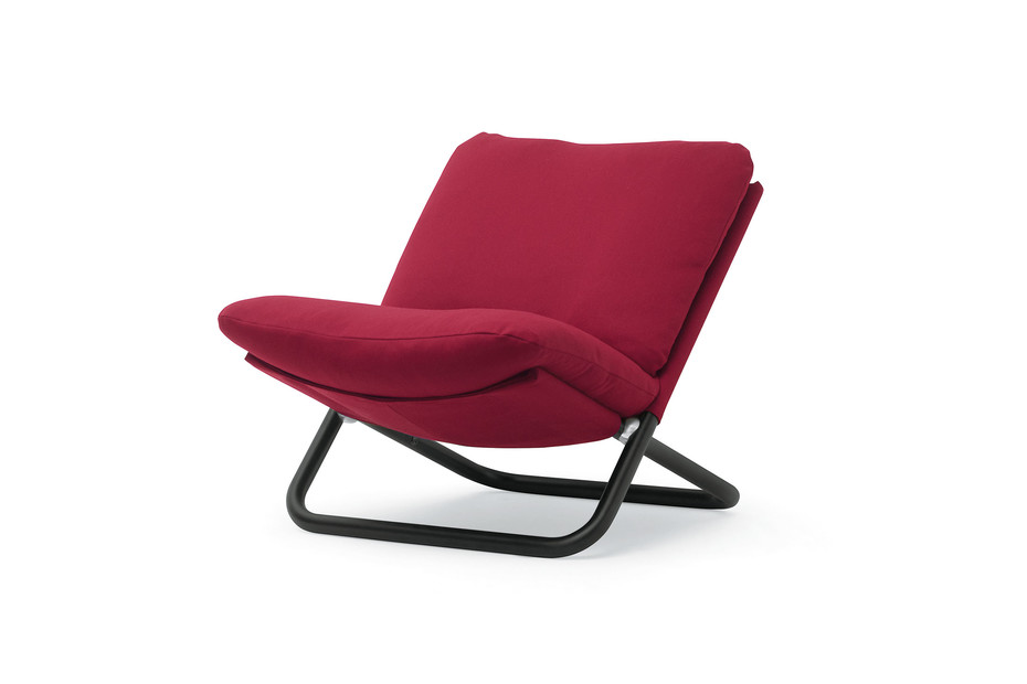 Cross armchair with low backrest