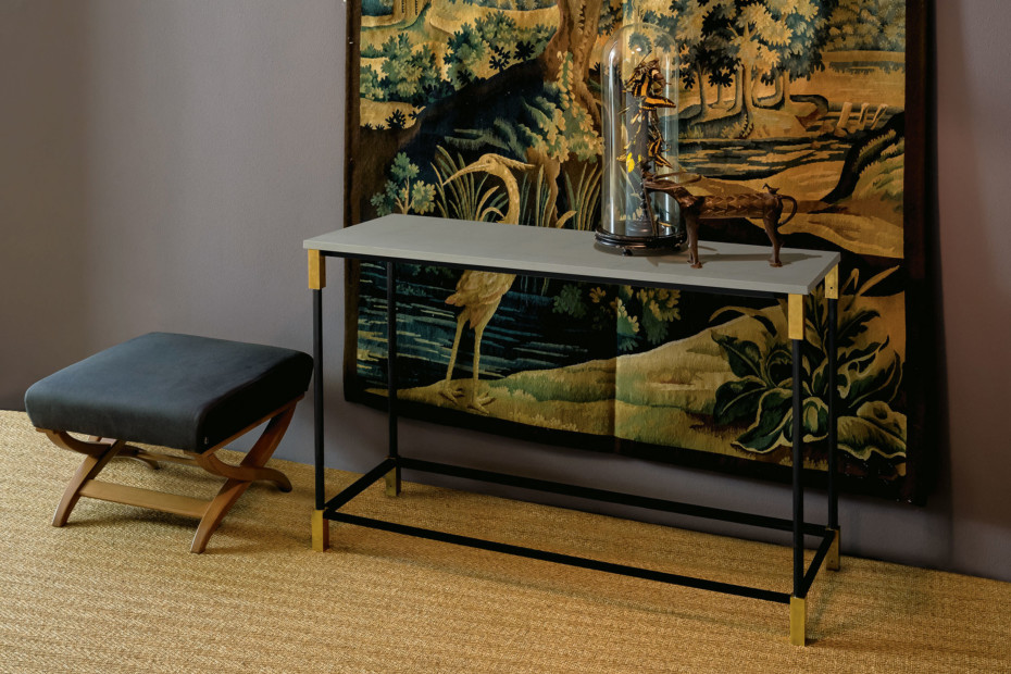 Match console table