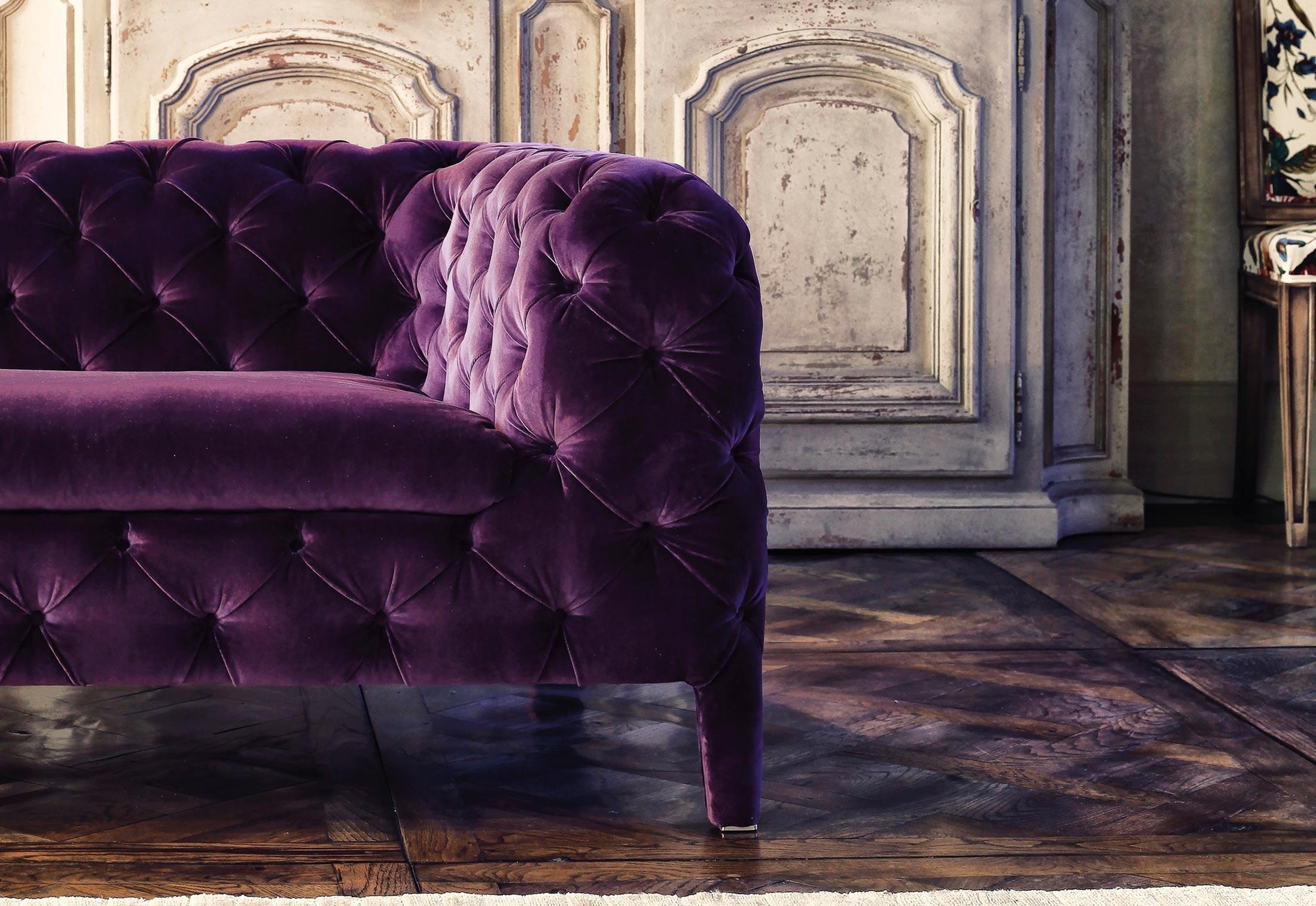 ... Windsor Sofa ...