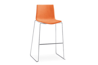 Catifa 46 - Bar stool, sled  by  Arper