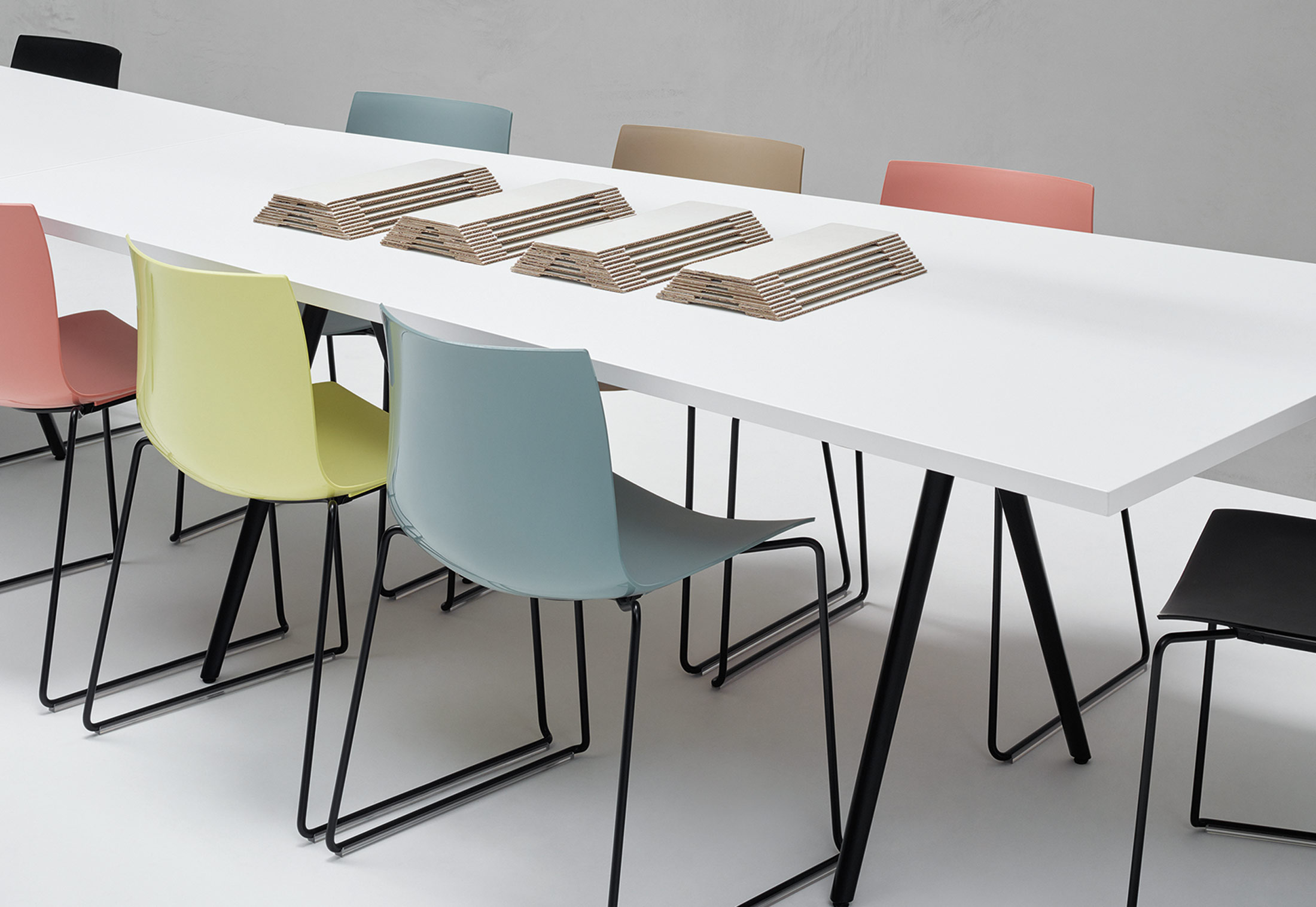 catifa 46 new edition von arper stylepark. Black Bedroom Furniture Sets. Home Design Ideas